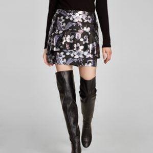 NWT Zara Basic floral faux leather mini skirt
